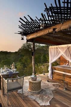 Lion Sands River Lodge: Book an evening in the Chalkley Treehouse, an open air room perched on stilts above the bush. #KrugerNationalPark #SouthAfrica #Jetsetter