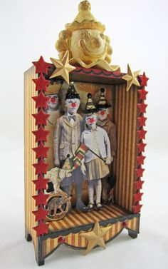 Great Circus Shadowbox or diorama with fun clown noses on the kids inside Shadow Box Kunst, Shadow Box Art, Altered Tins, Altered Art, Vintage Crafts, Vintage Toys, Paper Dolls, Art Dolls, Puzzle Photo