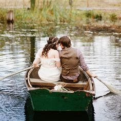 Engagement photo ideas, oh so gorgeous!