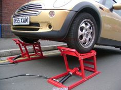 Hydraulic Car Ramps | Garage equipment for the Classic Car Enthusiast