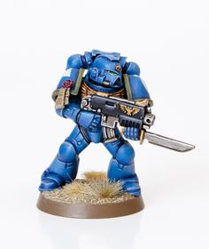 Tutorial: How to Paint Ultramarines as seen in White Dwarf - Tale of Painters
