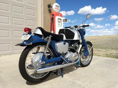 1961 Honda Benly Super Sport CB92 after restoration