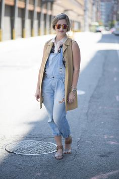 O macacão jeans está de volta! Veja 25 modelos