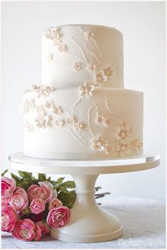 Light & Airy Cherry Blossom Wedding Cake / http://www.deerpearlflowers.com/32-wedding-cakes-with-classical-details/