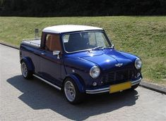 "Austin-Morris Mini Pickup ""SOLGT"" - 1979 - Dette er et projekt som har v. Mini Trucks, Hot Rod Trucks, Classic Trucks, Classic Cars, Small Pickups, Mini Morris, Austin Cars, Mini Copper, Ultimate Garage"