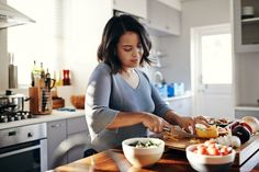How to Start Meal Planning So You'll Actually Stick to It Whole Food Recipes, Healthy Recipes, Healthy Foods, Healthy Habits, Healthy Breakfasts, Diet Foods, Pork Recipes, Healthy Weight, Easy Recipes