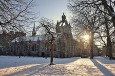 The original University of Aberdeen now the Kings College Cathedral and campus. Old Aberdeen Winter Sun, Winter Scenery, Aberdeen University, Travel Around The World, Around The Worlds, Aberdeen Scotland, King's College, Irish Sea, Overseas Travel