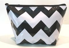 CS-Chevron Black