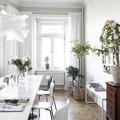 ungolde:  #home #interiordesign #Interior #interiors #house #white #wood #design