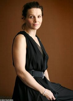'I turned down the French president,' says France's most successful actress Juliette Binoche The English Patient, Juliette Binoche, French President, Portraits, Female Actresses, French Actress, Celebrity Look, Celebs, Celebrities