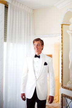 Groom | white suit or black?
