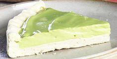Torta de sequilho e creme de abacate.