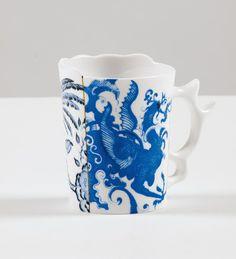 Seletti'nin Hybrid (Melez) kolekiyonunun orijinal par�as� PROCOPIA porselen kupa ile sofralar�n�za t