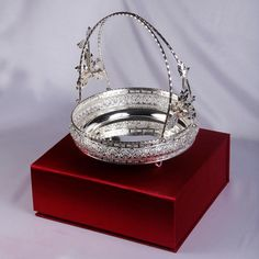Silver Plated Basket With Holder Silver Jewellery Indian, Silver Jewelry, Silver Pooja Items, Silver Lamp, Silver Furniture, Silver Ornaments, Silver Gifts, Silver Accessories, Gold Set