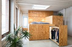 Loft in multiplex: Anyplace door B-Architecten Small Space Living, Small Spaces, Small House Renovation, Loft Door, Interior Architecture, Interior Design, Tiny Apartments, Classic Home Decor, Space Saving Furniture