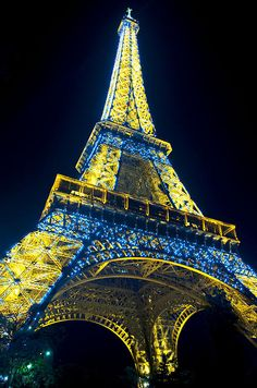 Eiffel Tower with Golden and Blue Lights Loriannah-Hespe.artistwebsites.com