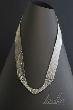 Light as a feather (silver)- Weaving of Miyuki seed beads with silver-plated charm