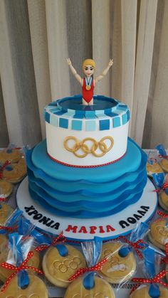 Swimming Olympics cake and gold medal cookies. Funny Pins, Cake Cookies, Birthday Cakes, Olympics, Swimming, Sport, Boys, Desserts, Ideas