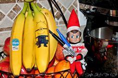 Elf on the Shelf: Minion Banana  www.simplelifeofafirewife.com