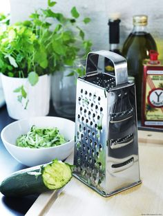 IKEA - IDEALISK, Grater, stainless steel, Wash this product before using it for the first time. Ikea Kitchen, Kitchen Utensils, Kitchen Appliances, Recycling Facility, Grater, Cookware Set, Household Items, Kitchen Accessories, Kitchenware