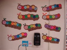 Make the first week of school and have students write a story about their caterpillar eaying different konds of food. Preschool Names, Name Activities, Preschool Literacy, Kindergarten Classroom, Classroom Activities, Preschool Activities, Reading Activities, Beginning Of The School Year, First Day Of School