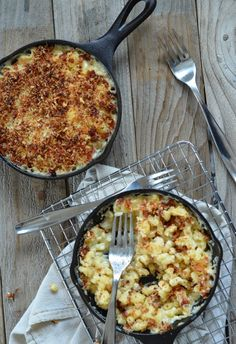 Roasted Garlic Macaroni and Cheese with Pancetta Parmesan Crust is comfort food at it's finest.