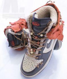 Custom Ewok Nikes. SO FREAKIN DOPE!