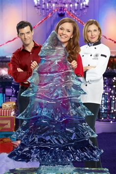 Your Guide to Family Movies on TV: \'Ice Sculpture Christmas\' starring Rachel Boston