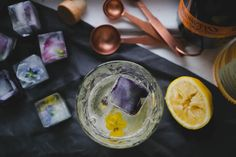 DIY Floral Ice Cubes « Art in the Age of Mechanical Reproduction Art In The Age, Larder, Kitchen Witch, Ice Cubes, Diy Projects, Yummy Food, Floral, Drink Recipes, Honey