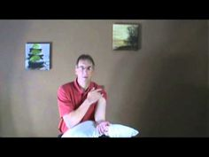 Physical Therapist Bob Schrupp demonstrates a home treatment for bicep tendonitis- do it yourself. Bicep Tendonitis, Tight Hip Flexors, Psoas Muscle, Tight Hips, Shoulder Workout, Shoulder Exercises, Home Treatment, Biceps, Back Pain
