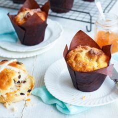 Hot cross bun muffins - Sainsbury's Magazine