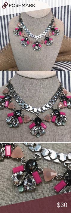 Callie Necklace by Stella & Dot-silver, pink, mint Statement necklace by Stella & Dot. STUNNING ON! Stella & Dot Jewelry Necklaces