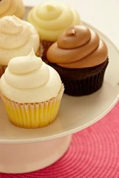 Gourmet Cupcake Recipes - Chocolate and Vanilla