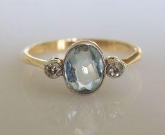 Edwardian 18CT Gold Aquamarine Diamond ring