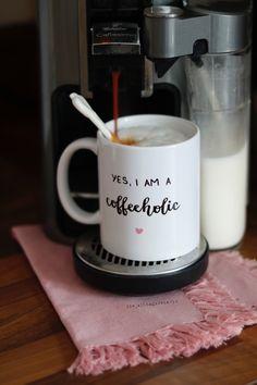 #kaffee #coffee #koffie #butfirstcoffee #ohnekaffeeohnemich #time4coffee #ahuginamug #beimerstenkaffeeklappehalten #milchkaffee #cappuccino #caffeelatte #instacoffee #coffeegram #coffeegasm #nothingisordinary #coffeeandseasons #kaffeeliebe #kaffeejunkie #kaffeezeit #simplethingsmadebeautiful #druckrauslebensfreuderein #entschleunigung #diealltagsfeierin #alltagsfeierei