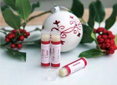 Awesome Christmas Gift: DIY Candy Cane Lip Balm