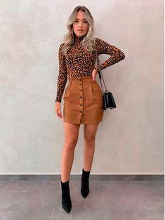 8 Looks de Outono Pra Testar nessa Temporada - { fave outfits - outfit - looks } - Animals Wild Yellow Skirt Outfits, Girly Outfits, Trendy Outfits, Fall Outfits, Summer Outfits, Cute Outfits, Fashion Outfits, Skirt Fashion, Look Fashion