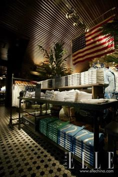 1000 images about hollister store on pinterest Hollister design