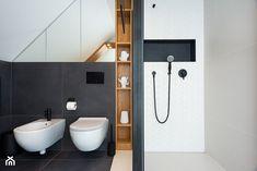 dom na Woli Justowskiej / projekt Avocado - Średnia łazienka na poddaszu w domu jednorodzinnym z oknem, styl nowoczesny - zdjęcie od Mateusz Torbus / 7 TH IDEA