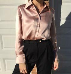 Бежевая шелковая блуза