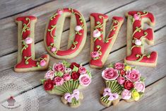 LOVE and Flower Bouquet Cookies | by Julycupcake