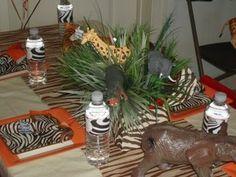 Safari Table Decorations for Party Safari Party, Jungle Party, Jungle Safari, Giraffe Party, Baby Shower Parties, Baby Shower Themes, Baby Shower Decorations, Baby Showers, Shower Ideas