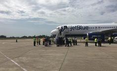 Primer vuelo de Estados Unidos llega a Cuba