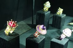 Podium Jewels rings