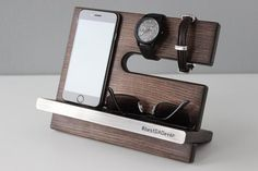 Docking Station, New Job Personalized Gift, Charging Station, NightStand Valet Organizer Desk Wood Phone Stand, Mens Gift Tech Gifts for Men Boyfriend Watch, Boyfriend Gifts, Wood Phone Stand, 10th Anniversary Gifts, Anniversary Boyfriend, Tech Gifts For Men, Neuer Job, Personalized Gifts For Men, Metal Engraving