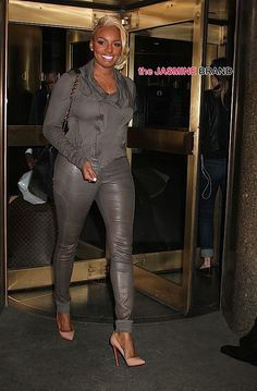 """NeNe Leakes Quits Real Housewives of Atlanta: I decided to step out on faith.- http://getmybuzzup.com/wp-content/uploads/2015/06/476957-thumb.jpg- http://getmybuzzup.com/nene-leakes-quits-real-house/- By thejasminebrand It's so hard to say good-bye to reality TV. One of your favorite reality stars, NeNe Leakes (real name Linnethia Monique """"NeNe"""" Leakes), is officially leaving Real Housewives of Atlanta. On Monday, she posted an Instagram message, alluding to the fac"""