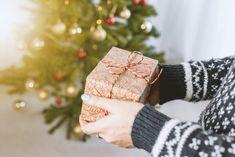 Čo kúpiť pod stromček malej slečne? Tu sú tipy na najlepšie vianočné darčeky - Akčné ženy Merry Christmas Wishes, Christmas Gift Guide, Perfect Christmas Gifts, Holiday Gifts, Christmas Ideas, Best Travel Gifts, Best Gifts, Gifts For Kids, Gifts For Her