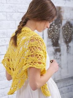 Browse this collection of free crochet shawl patterns and crochet wrap patterns, including free crochet patterns for shawls for beginners. Poncho Crochet, Pull Crochet, Crochet Shawls And Wraps, Crochet Scarves, Crochet Clothes, All Free Crochet, Crochet Crowd, Crochet Stitch, Shawl Patterns