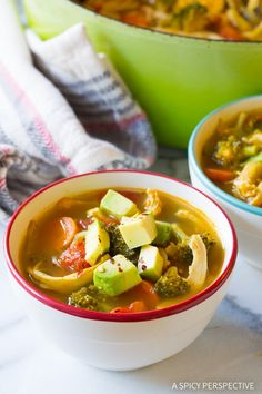 Southwest Chicken Detox Soup Recipe - A healthy low-fat, low-carb, gluten-free soup with tons of flavor. This southwest soup packs a punch! #cleanse #detox #diet #soup #chicken