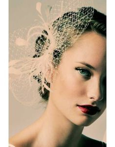 Sara Gabriel Louise Veil Dramatic French Netting on a comb with coque and ostrich feathers www.itheebling.com